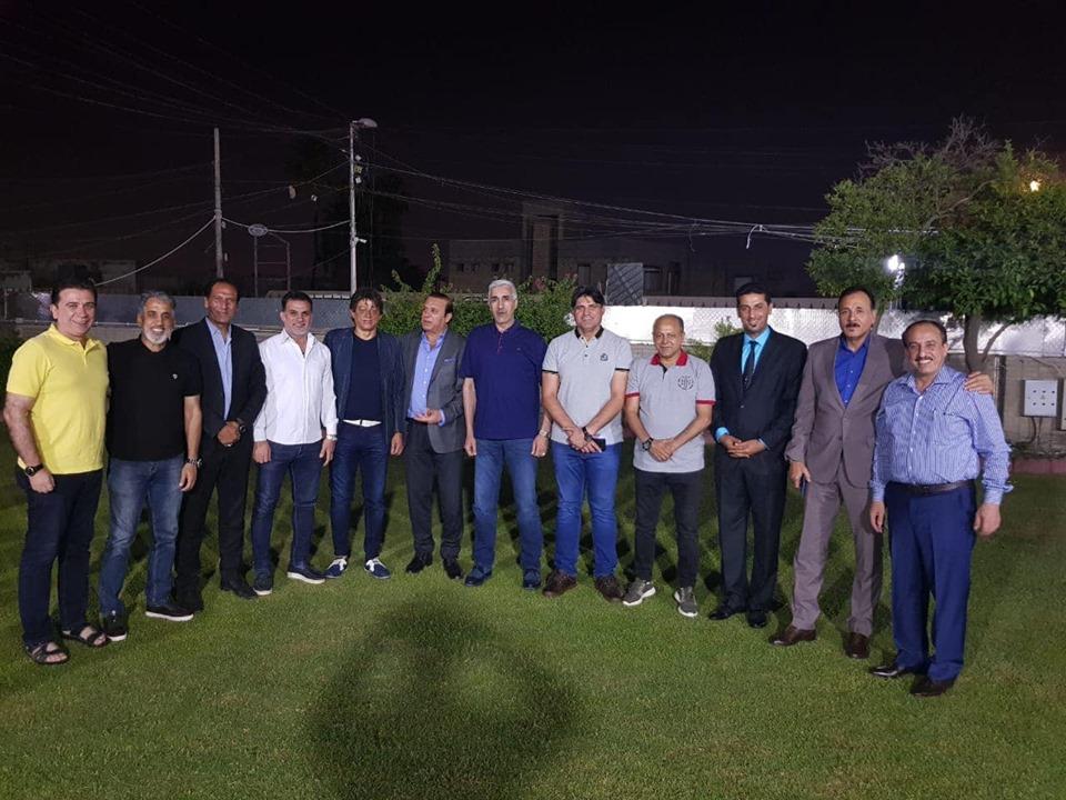 بالصور ..  وزير الشباب والرياضة مع نجوم دوليين سابقين في امسية رمضانية