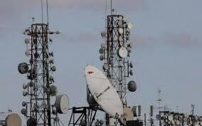 """الاتصالات تعلن إدخال 25 """"لمبدة"""" للخدمة وتعد بطفرة نوعية في تحسين الانترنت"""