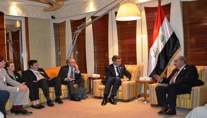 خلال لقائه وزير الدفاع البريطاني  ..  علاوي يؤكد ضرورة تجنب االتصعيد بين بغداد والاقليم