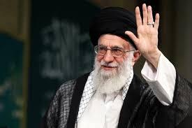 خامنئي يعفي قائد الحرس الثوري الإيراني من منصبه