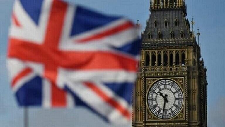 خلال 24 ساعة  ..  بريطانيا تسجل 6914 إصابة جديدة بفيروس كورونا