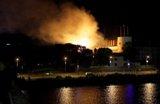 حريق يأتي على قسم كبير من القصر الرئاسي في لاتفيا