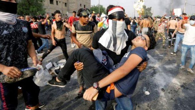 قيس عن مشهد الاعتداء على متظاهر: وكأني ارى ازلام البعث في زمن الانتفاضة