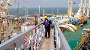 النفط : تصدير 9 شحنات من مادة مكثفات العاز و21 شحنة من الغاز السائل خلال الربع الاول من 2018