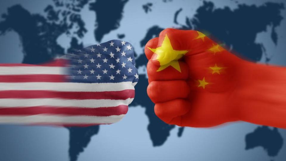 امريكا تتوقع من الصين رفع الرسوم على السيارات فورا
