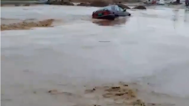 محافطة نينوى تُعلن حالة الطوارئ بسبب كميات الامطار والسيول القادمة من غرب المحافظة
