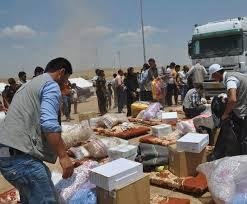 توزيع تسعة الاف حصة من المساعدات الإغاثية على الأسر النازحة
