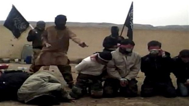 """""""داعش"""" يقدم على اعدام أربعة من عناصره بتهمة """"التخاذل"""" غرب الموصل"""