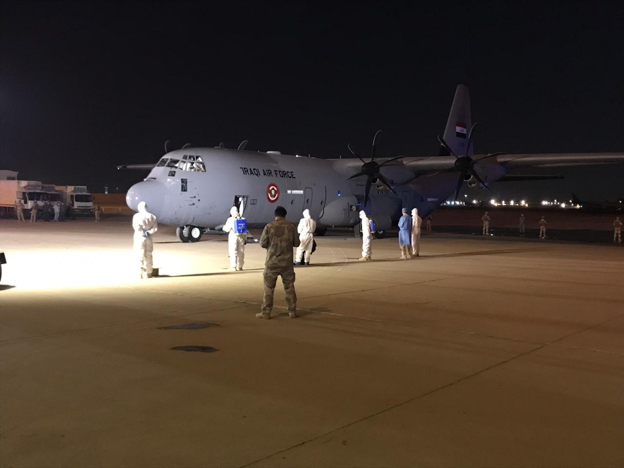 وصول طائرة عسكرية عراقية تحمل الدفعة الثانية من المساعدات الطبية الصينية الى بغداد