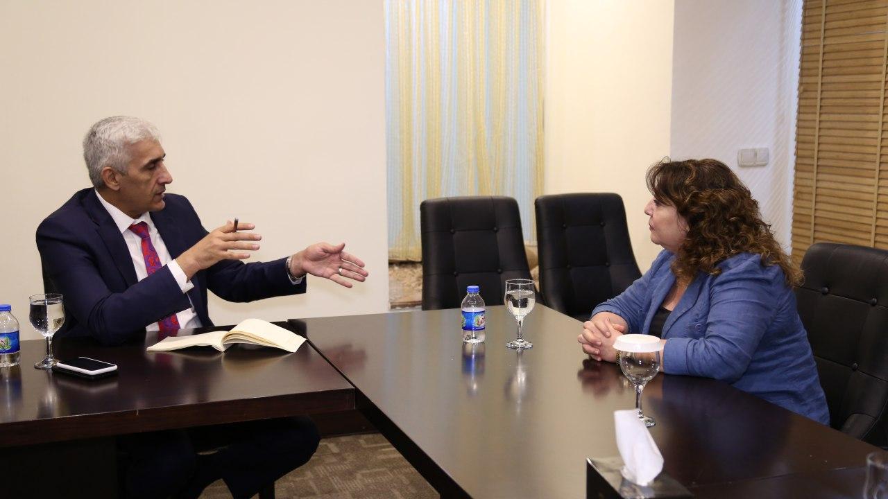 وزير الرياضة يلتقي بالممثل المُقيم لبرنامج الأمم المتحدة الإنمائي في العراق