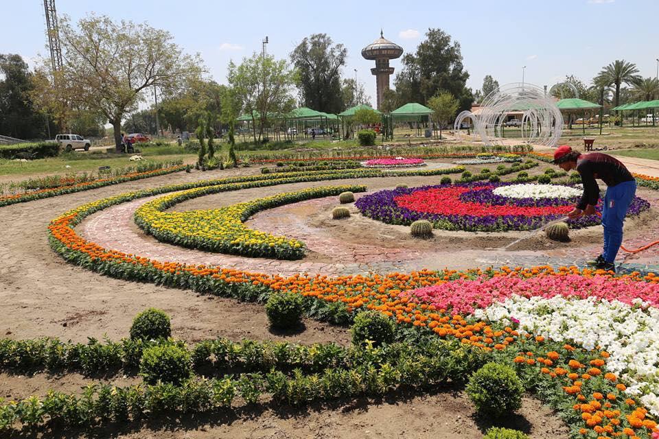 حديقة الزوراء تتجهز لمهرجان الزهور