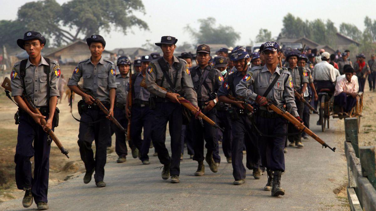 ميانمار تعاقب عناصر امن متهمين بقتل الروهينغا