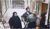 شاهد بالفيديو : طبيب يتعرض للضرب بمستشفى الكاظمية من قبل ذوي احد المرضى