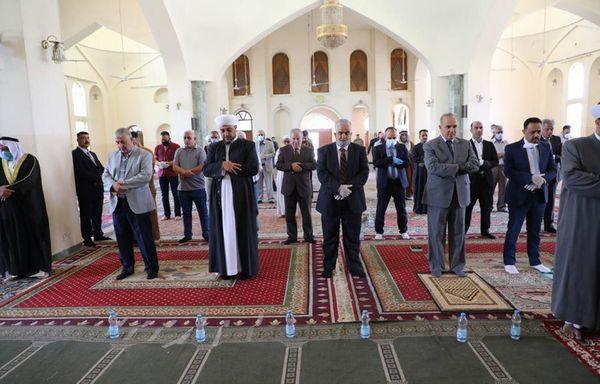 الوقف السني يعلن عودة إقامة صلاة الجمعة في المساجد