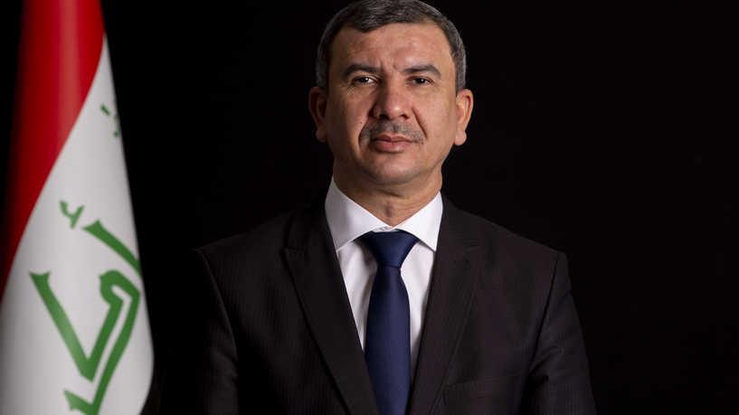 وزير النفط يعلن توفير فرص عمل للخريجين شرط اقرار الموازنة