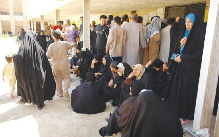 العمل النيابية تعلن شمول 650 ألف عائلة برواتب الحماية الاجتماعية