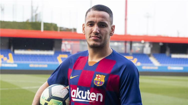رسمياً ..  برشلونة يعلن عن ضم مهاجم جديد