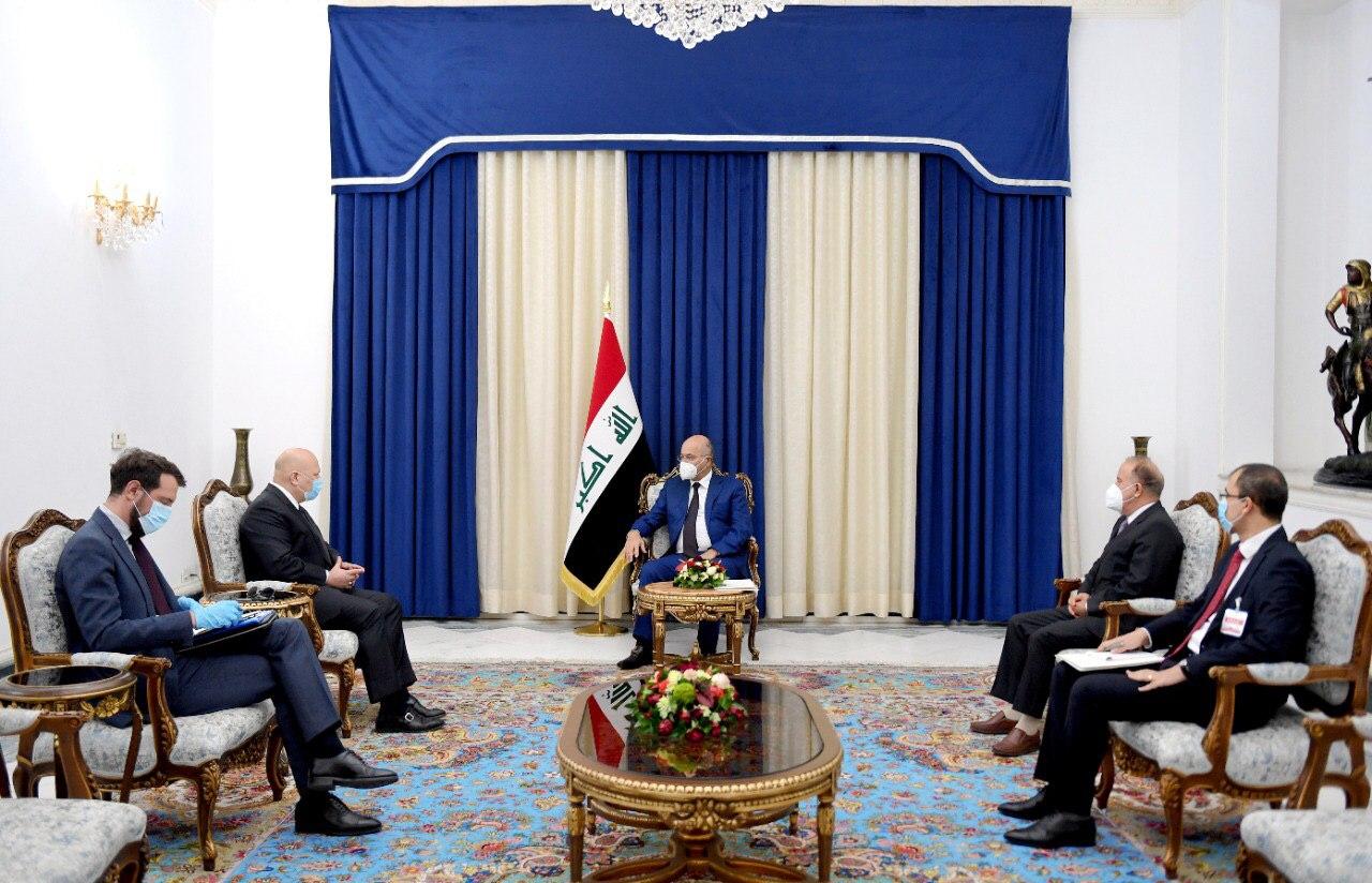 رئيس الجمهورية يؤكد ضرورة تقديم المتورطين بجرائم داعش إلى محكمة دولية متخصصة