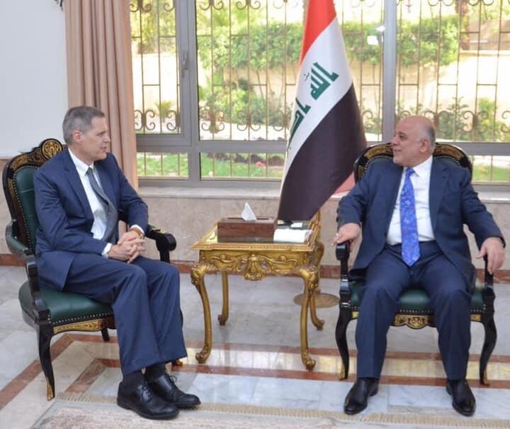 العبادي يبحث مع السفير الامريكي الاوضاع السياسية في المنطقة