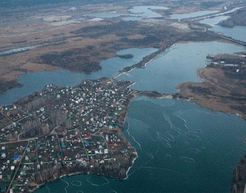 هل تحدث صراع .. بحيرة تختفي في روسيا وتظهر في كازاخستان !!!