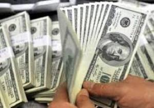 الدولار يسجل ارتفاعا بسيطا في البورصة واستقرارا في الأسواق المحلية