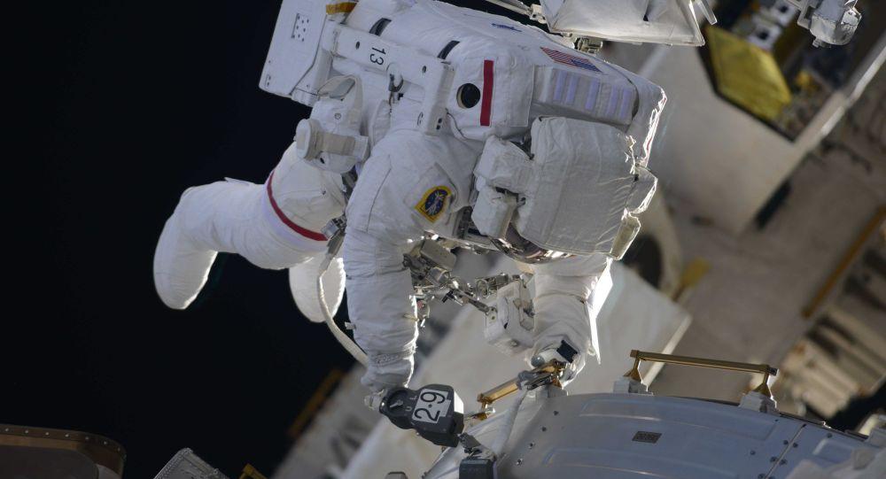 روسيا تطور مشروعا للتزود بالوقود في الفضاء