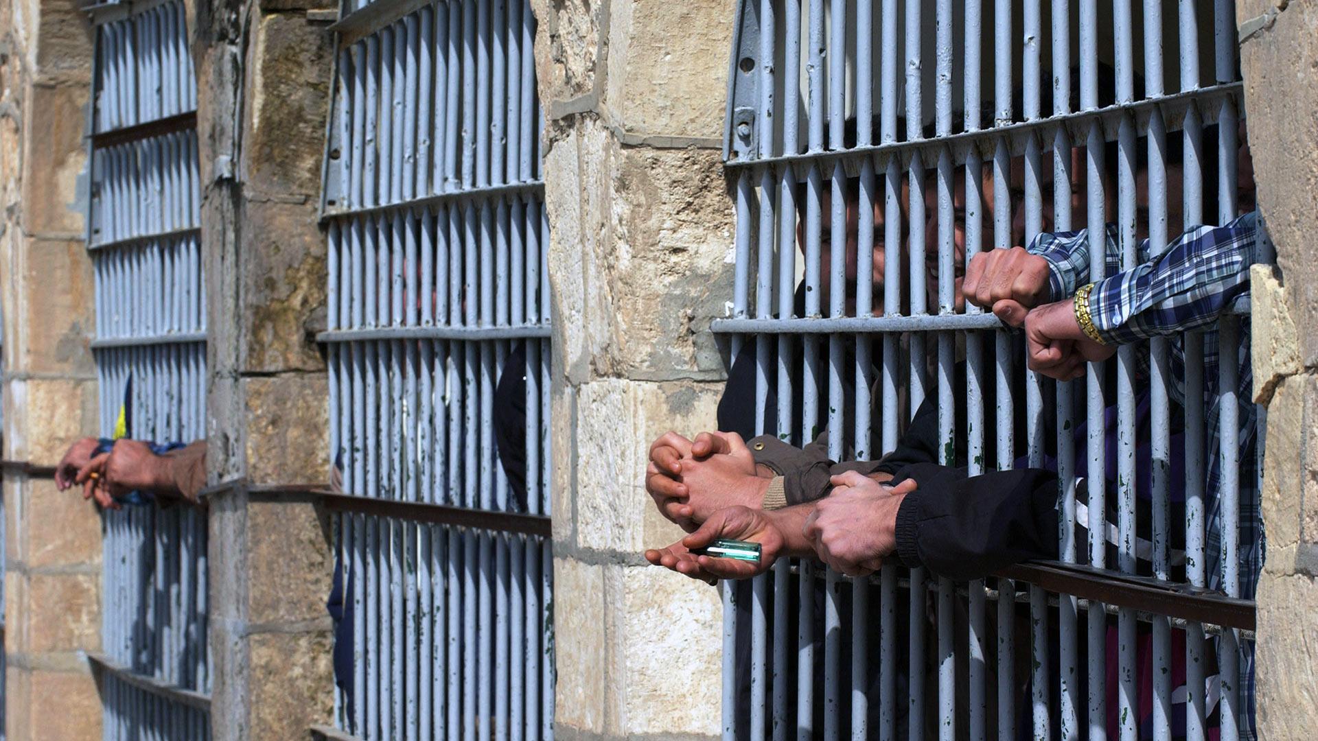 في العراق  ..  كيف فقد إحدى كليتيه بعد سجن 6 أعوام بوشاية كاذبة؟