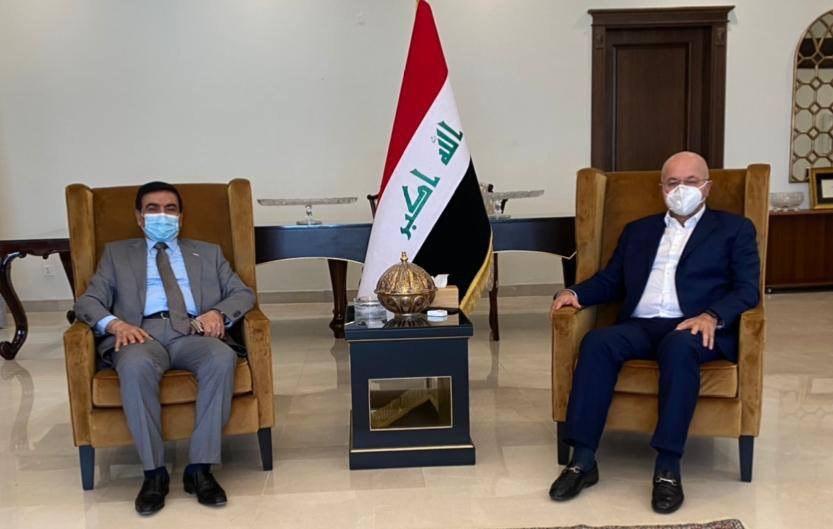 صالح يؤكد لوزير الدفاع ضرورة تركيز الاهتمام على تطوير قدرات القوات الأمنية
