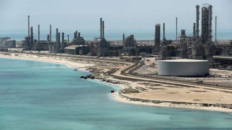اتفاق كويتي سعودي بشأن إنتاج النفط من المنطقة المقسومة