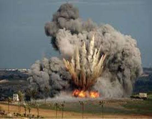 طائرة إسرائيلية تقصف فلسطينيين على حدود غزة