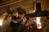باكستان تتهم الهند بقصف أراض تابعة لها في كشمير ومقتل مدني
