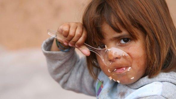 """يونيسف تنشر """"إحصائية مخيفة"""" عمّا يتعرض له """"أطفال العراق"""" في منازلهم والمدارس الحكومية"""