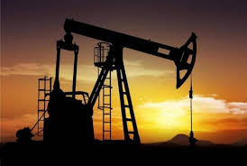 أسعار النفط ترتفع الى 85 دولاراً للبرميل بفعل العقوبات الامريكية