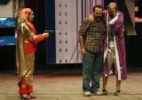 ممثلون يريدون إيقاظ المسرح من سباته ويحذرون من احتمال تلاشيه