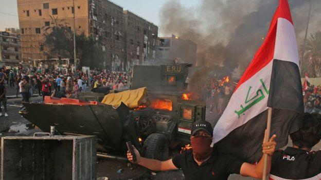 تأجيل اعلان التحقيق بقتل المتظاهرين يثير جدلاً كبيراً في العراق