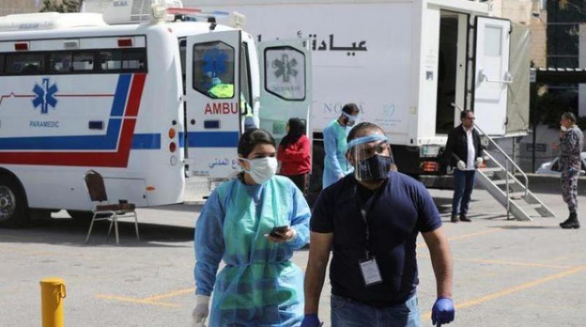 13 حالة وفاة و891 إصابة جديدة بكورونا في الاردن