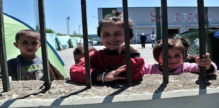إعادة 80 مواطنا من مخيم عزاز في سوريا الى مساكنهم الأصلية