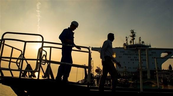 مع ارتفاع إصابات كورونا ..  إيران تغلق المنطقة التجارية الأكبر لها على الخليج