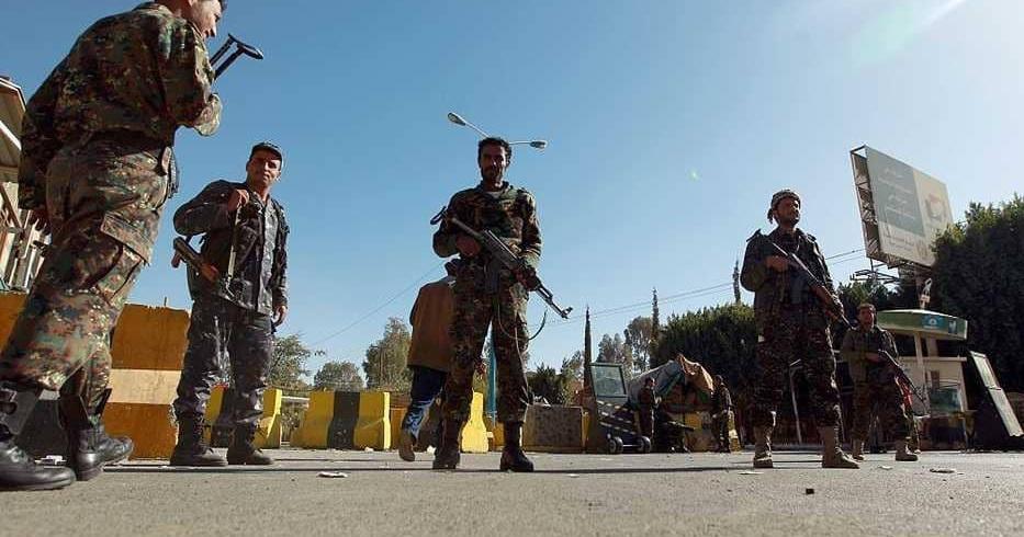 الحوثيون .. انهيار وفرار وحملة اعتقالات بصنعاء