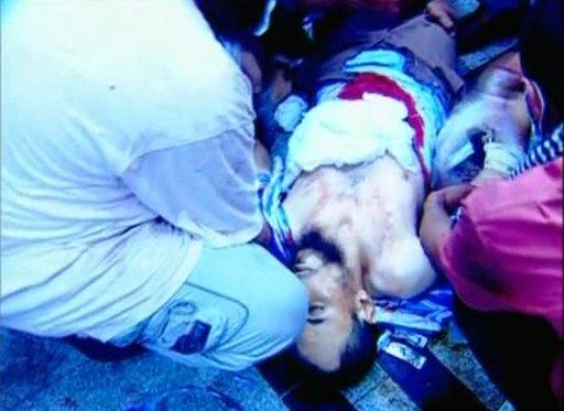 الداخلية تتحدث عن مقتل جنديين والإخوان عن مقتل عشرات من أنصارهم برابعة والنهضة