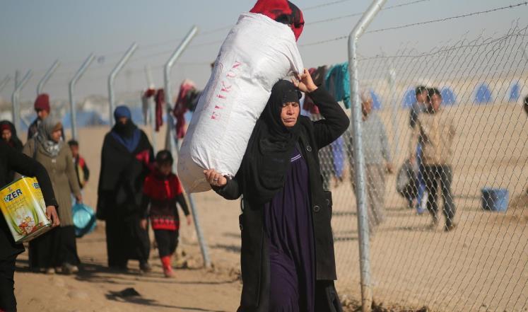 الهجرة : اجلاء واغاثة وايواء اكثر من 98 الف نازح في الأسابيع الثلاثة الماضية بمخيمات شرق وجنوب الموصل