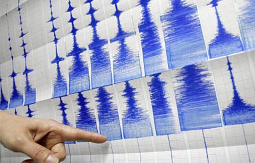 توقف شبكات الاتصال في بعض المحافظات جراء الزلزال