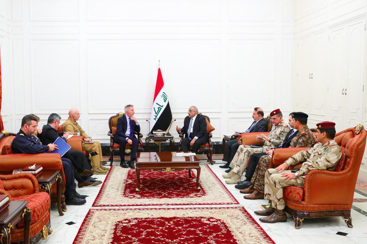 عبد المهدي يؤكد لوزير الدفاع البريطاني سعي العراق الدائم لنزع فتيل الأزمات وتحقيق التهدئة