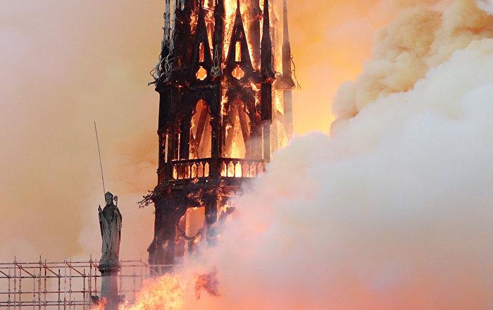 قائد فريق الإطفاء: لسنا واثقين من إمكانية إنقاذ الكاتدرائية