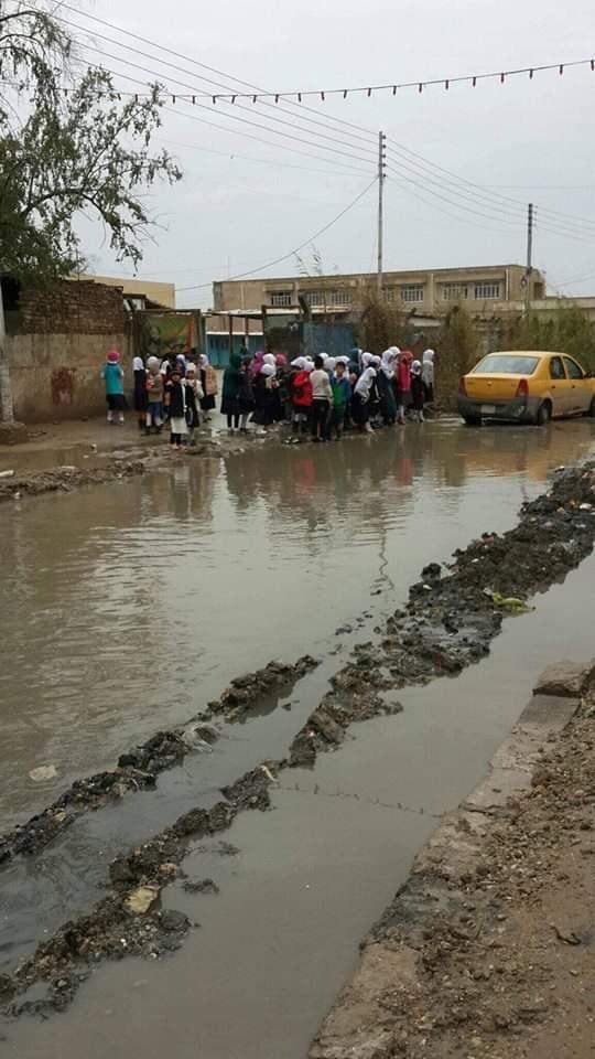 شاهد ..  صور تكذب ادعاء امانة بغداد بشأن سيطرتها على مياه الامطار
