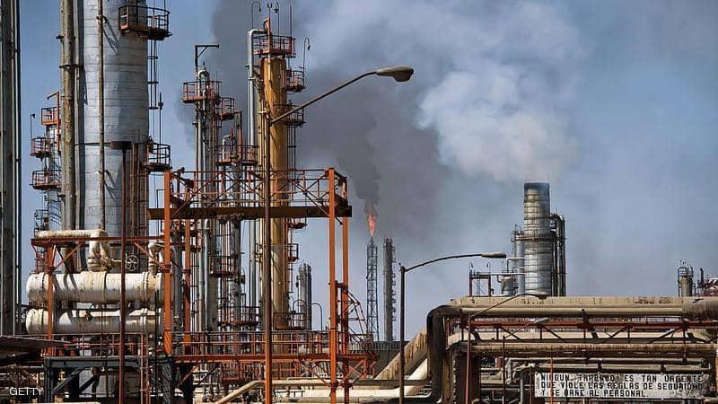"""تراجع اسعار النفط قبيل محادثات """"أوبك"""" لتخفيض الانتاج"""