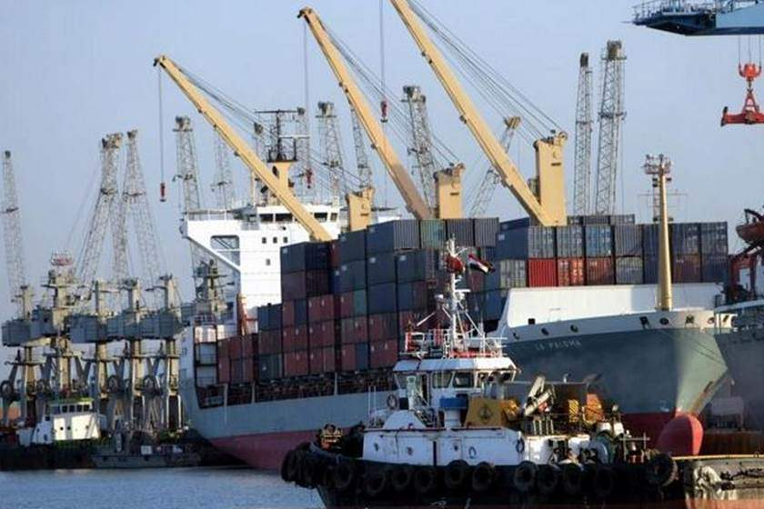 ضبط 7 حاوية أدوية بشرية بدون موافقات رسمية في ميناء أم  قصر