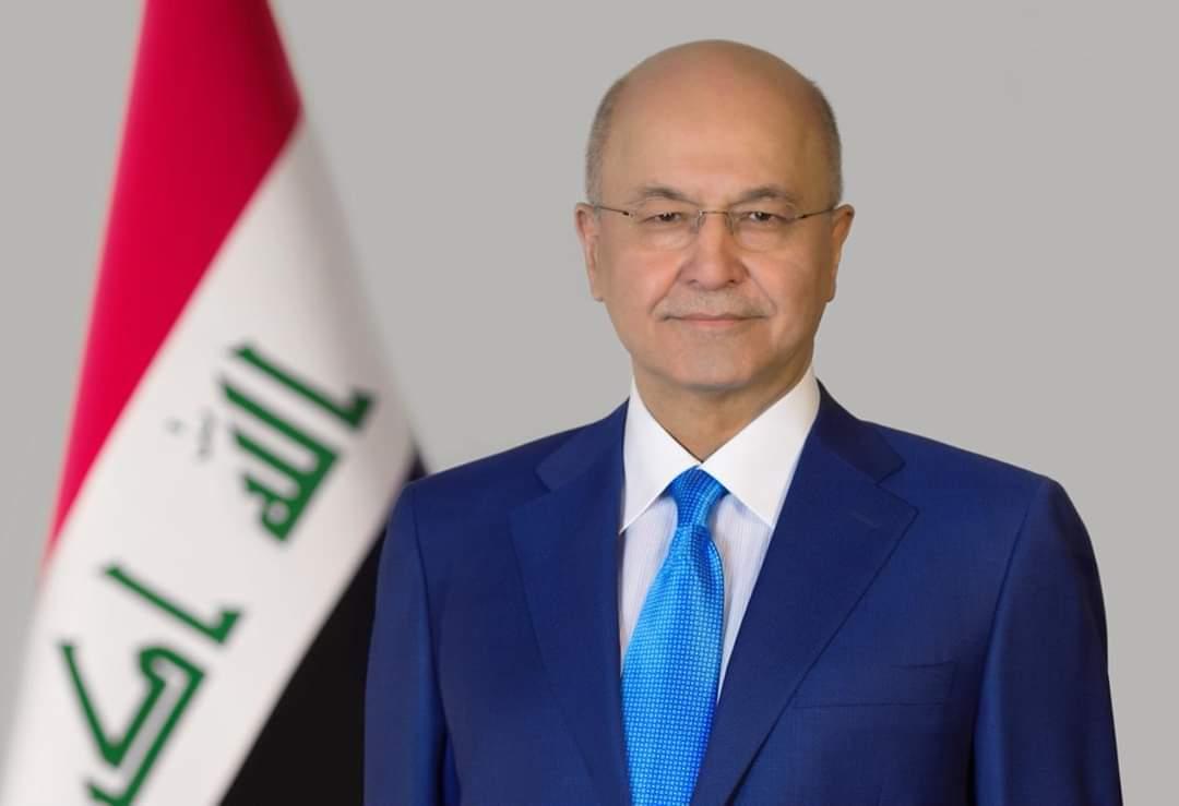 بعد تعذر الاتفاق على اختيار رئيس الوزراء .. صالح يغادر الى سويسرا لحضور مؤتمر دافوس