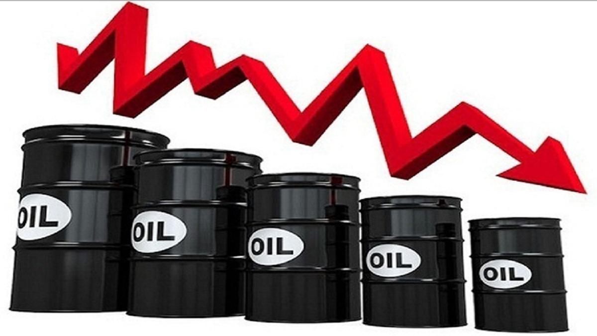 النفط يسجل أدنى مستوى في 2018 بفعل بوادر تخمة في المعروض