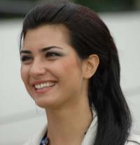 """بالصور : لن تصدق ما ستشاهده .. اطلاله جريئة للممثلة التركية """" لميس """" !"""